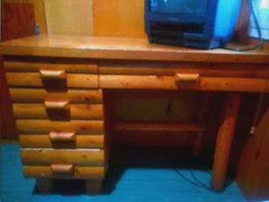 Wood Desk - Rustic Style