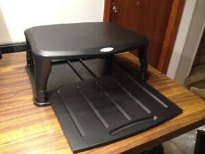 Targus Monitor and Keyboard Stand