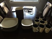 Dinner set of dishes (32 pieces)