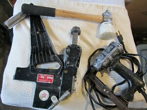 HARDWOOD FLOOR NAILER WITH HAMMER AND ELECTRIC FLOOR STAPLER