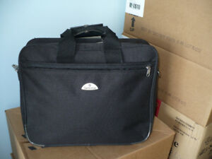 SAMSONITE  hand bag, 42cm x 33cm x 8cm for $39.99