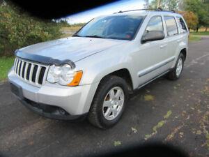 2009 grand cherokee  laredo  only 146km new mvi  new tire