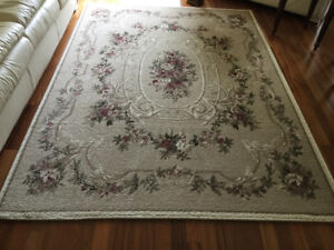Area carpet for sale - Like  New