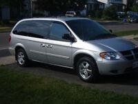 2005 Dodge Grand Caravan SXT Minivan, Van. Factory DVD