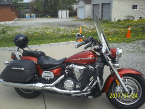 TOURING 1300 IN EXCELLENT CONDITION