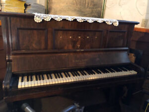Piano for free - come pick it up