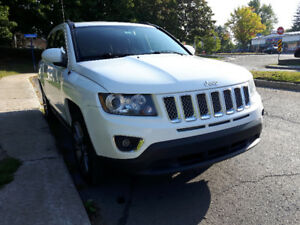 2014 Jeep Compass limited 4x4 comme neuf !!