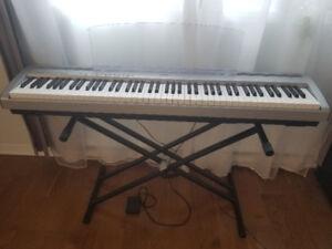 YAMAHA DIGITAL PIANO P-95 / YAMAHA PIANO NUMÉRIQUE P-95