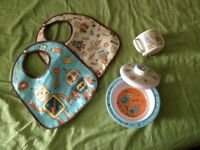 robot bowl, cup and 2 bibs