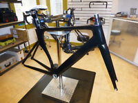 Carbon frame and fork with headset like new rode for 200 miles