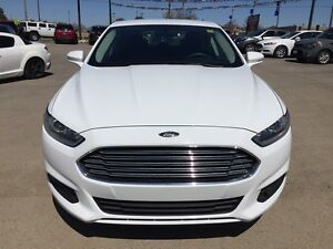 2014 FORD FUSION SE * BLUETOOTH * POWER GROUP * 8-WAY POWER DRIV London Ontario image 9