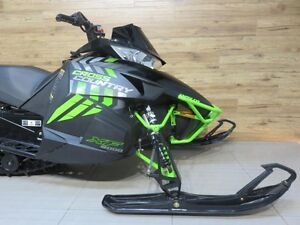 2017 Arctic Cat XF 8000 Cross Country Limited 137 DEMO 35.78$/Se