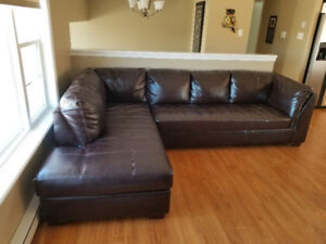 L shaped couch with ottoman