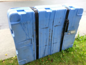 HEAVY DUTY PLASTIC CONTAINERS 3X4ft W/WHEELS for PANELS