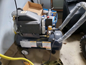 8 US Gallon Air Compressor
