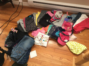 Bag of girls clothes size 7/8 few 10