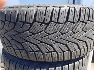 225 45 17 Gislaved Pneus d'hiver / Winter tires