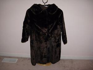 Vintage Genuine Women's Fur Coat, Size M