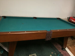 ***SMALL POOL TABLE***