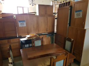Woodland kitchen set @HFHGTA Restore Etobicoke S-007