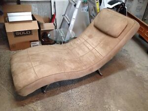 Diana Lounge chair from structube West Island Greater Montréal image 4