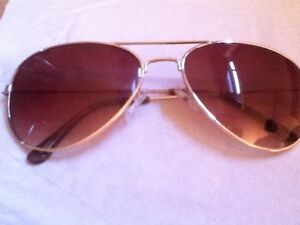 *Mint Condition* Ray•Bans RB3025 $50
