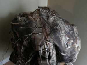 Bass Pro - NEW! Men's 'XL' Camo lined pants