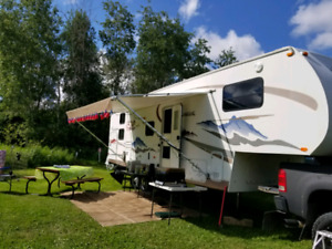 Reduced Chaparral Fifth Wheel with Bunks