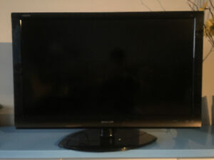 40 inch Sharp TV for sell