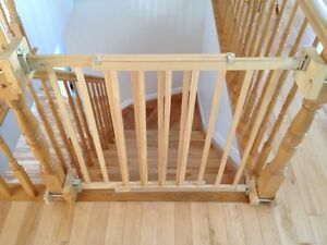 Baby gate, wood, evenflow