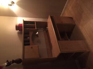 Bureau, armoire & bibliothèque