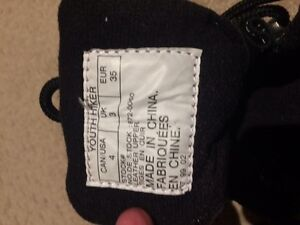 Youth sorel fall winter hiker boots Kitchener / Waterloo Kitchener Area image 3