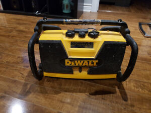 Dewalt jobsite radio