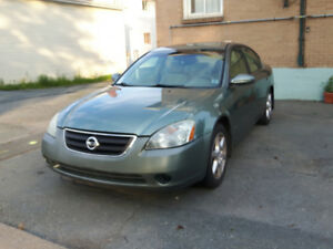 Must go 2002 Nissan Altima Leather Sedan