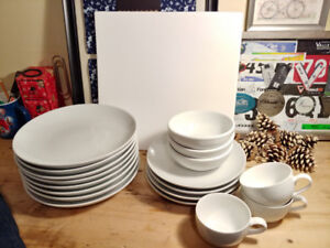 Pottery Barn & Ming Wo dishes