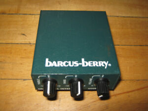 Bacus Berry Universal Interface Modele 3500A