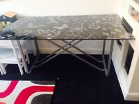 Glass ikea table/desk £5 yes£5 need gone today