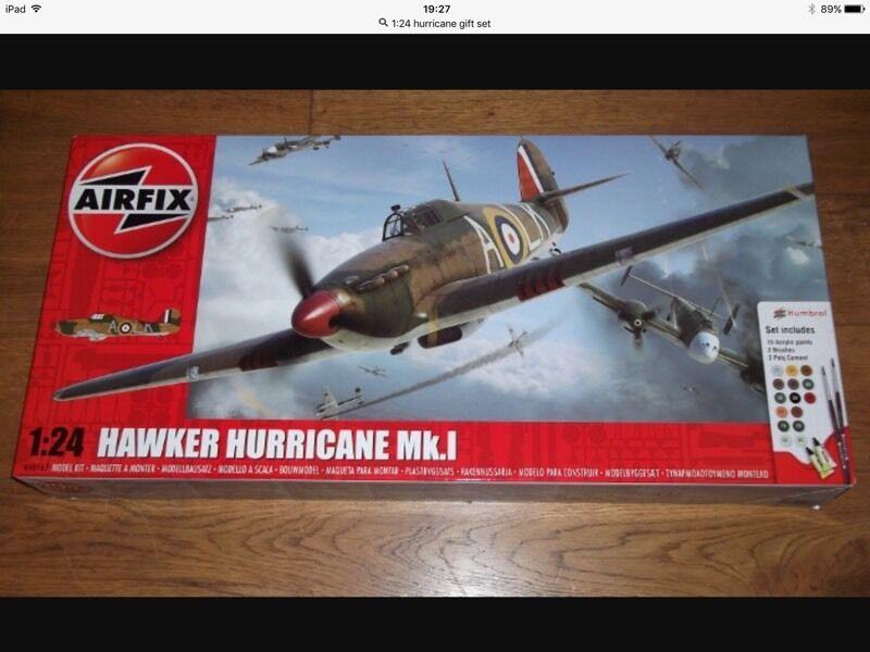Airfix 1 24 Hawker Hurricane Gift Set Brand New In