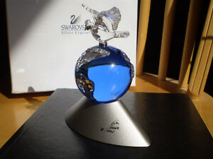 "Swarovski Crystal Figurine-"" Planet Vision Limited Edition 2000"" Kitchener / Waterloo Kitchener Area image 3"