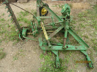 JOHN DEERE 7 FOOT SIMI-MOUNT SICKLE MOWER
