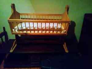 Wooden Bassinet - great condition.   Paid $125 asking $25 Windsor Region Ontario image 1