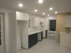 3 bedroom apartment available January 1st