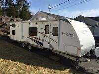 2009 Keystone Passport Ultra-Lite 32' Travel Trailer