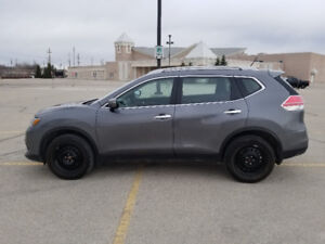 2015 Nissan Rogue S - SAFTIED - LOW KM'S