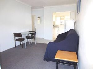 MODERN 2 BEDROOM FULLY FURNISHED UNIT IN A GREAT LOCATION Coorparoo Brisbane South East Preview