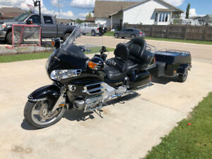 2003 Goldwing - Chrome, CB, and Trailer