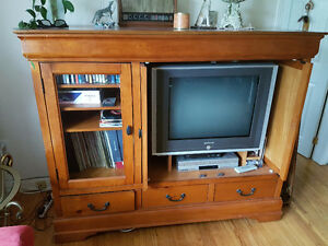 Solid maple tv unit with Samsung tv