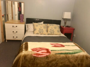 Private room (female prefered) - avail January 1