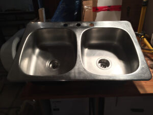 Lavabo Acier Inox 2 Cuvettes/Double Stainless Steel Sink