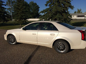 2007 Cadillac CTS Beautiful Sporty LOW KMS